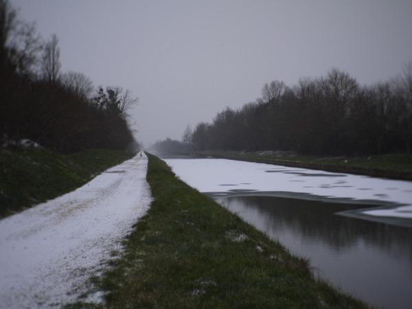 Canal de Bourgogne en hiver